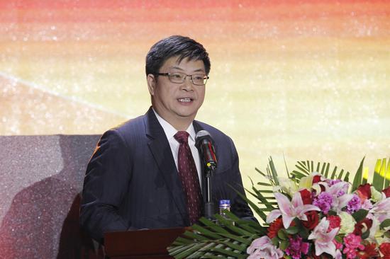 中国石油党组副书记、副总经理徐文荣出席颁奖礼并讲话