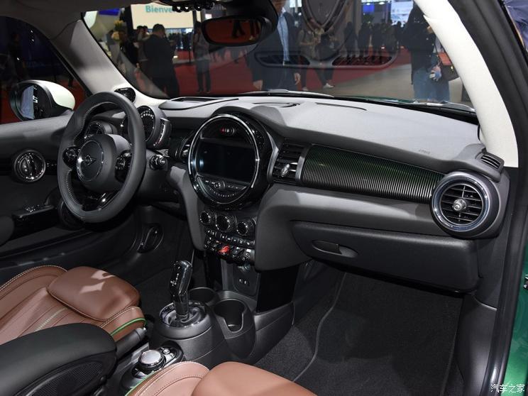 MINI MINI 2019款 2.0T COOPER S 60周年纪念版