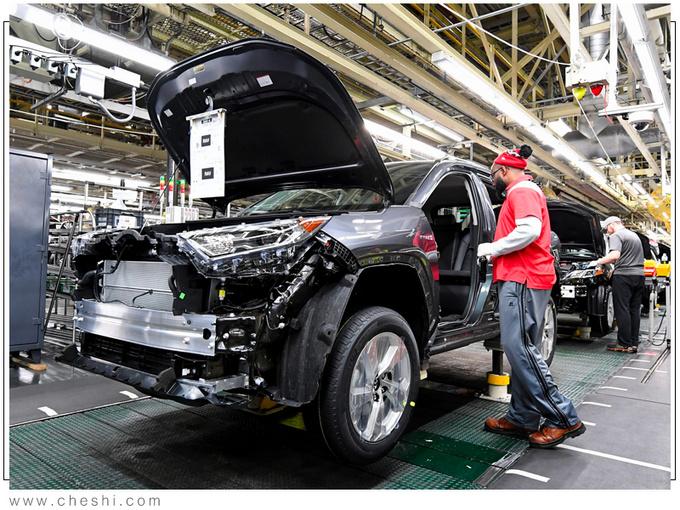 丰田全新RAV4插混版正式投产年内即将开售-图2