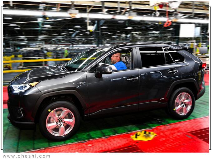 丰田全新RAV4插混版正式投产年内即将开售-图3