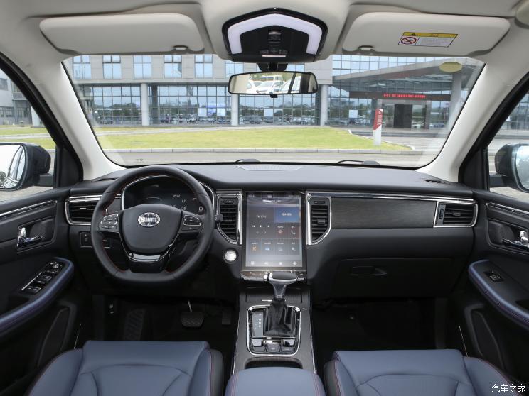 SWM斯威汽车 SWM斯威G05 2021款 PRO 1.5T 自动豪华型 7座