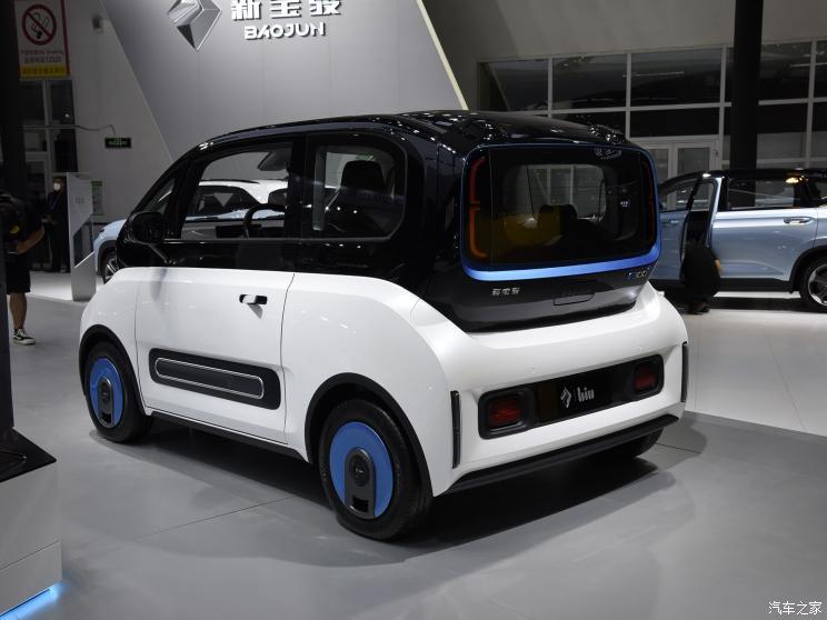 上汽通用五菱 新宝骏E300 2021款 苏宁小Biu 高配版